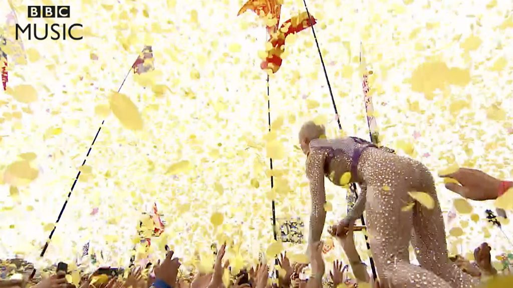 Katy Perry crowdsurfs at Glastonbury