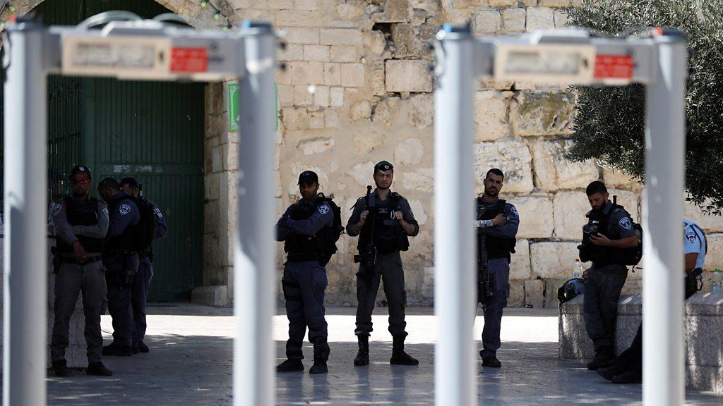 Jerusalem: Israel installs security cameras at holy site