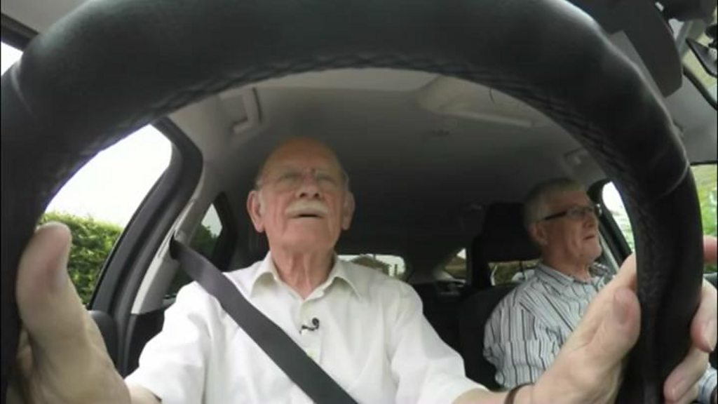 Number of drivers aged over 90 tops 100,000 for first time - BBC News