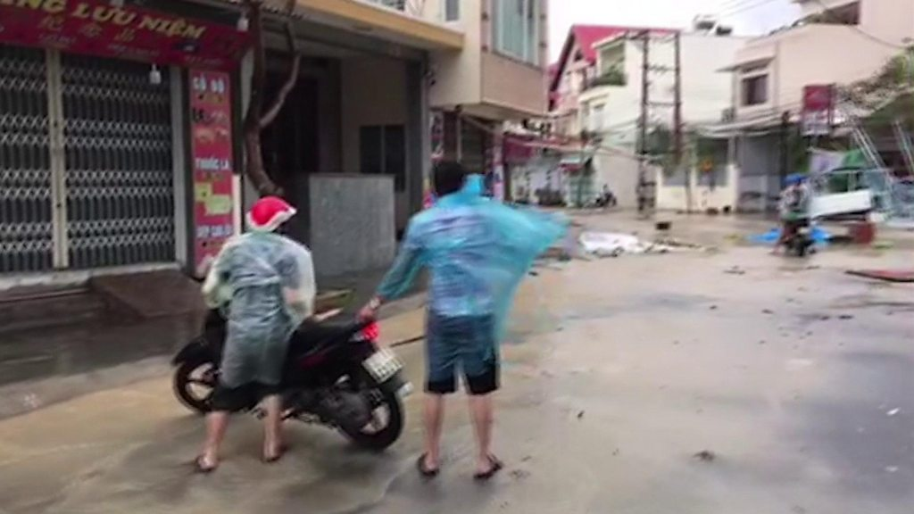 Vietnam: At least 27 killed by Typhoon Damrey