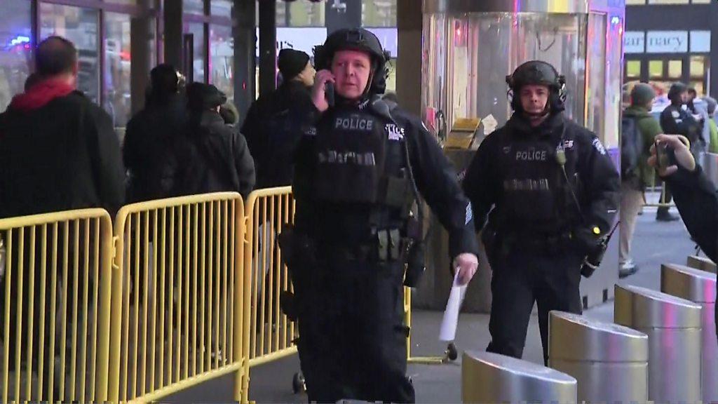 New York Port Authority attack: Man held after Manhattan blast