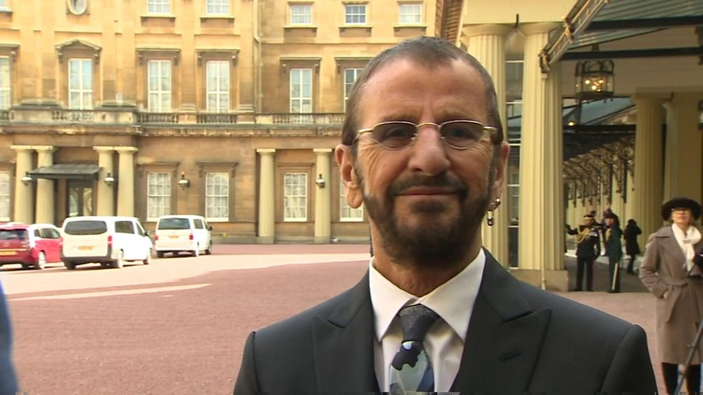ringo starr receives knighthood 39 i 39 ll wear it at breakfast 39 bbc news. Black Bedroom Furniture Sets. Home Design Ideas