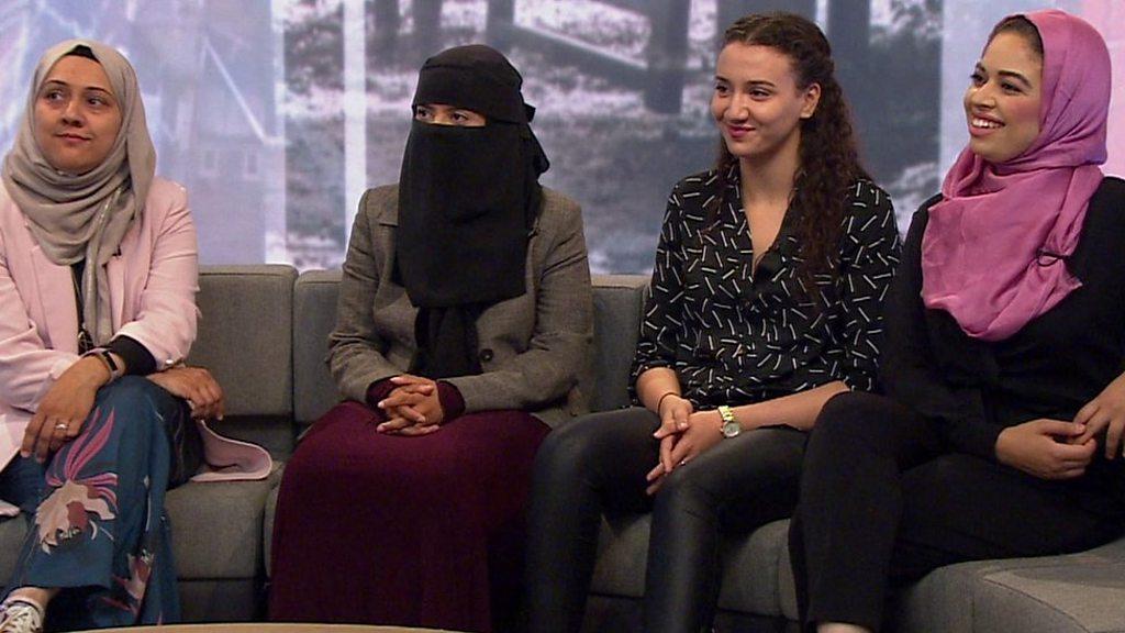 Feet muslim female Does the