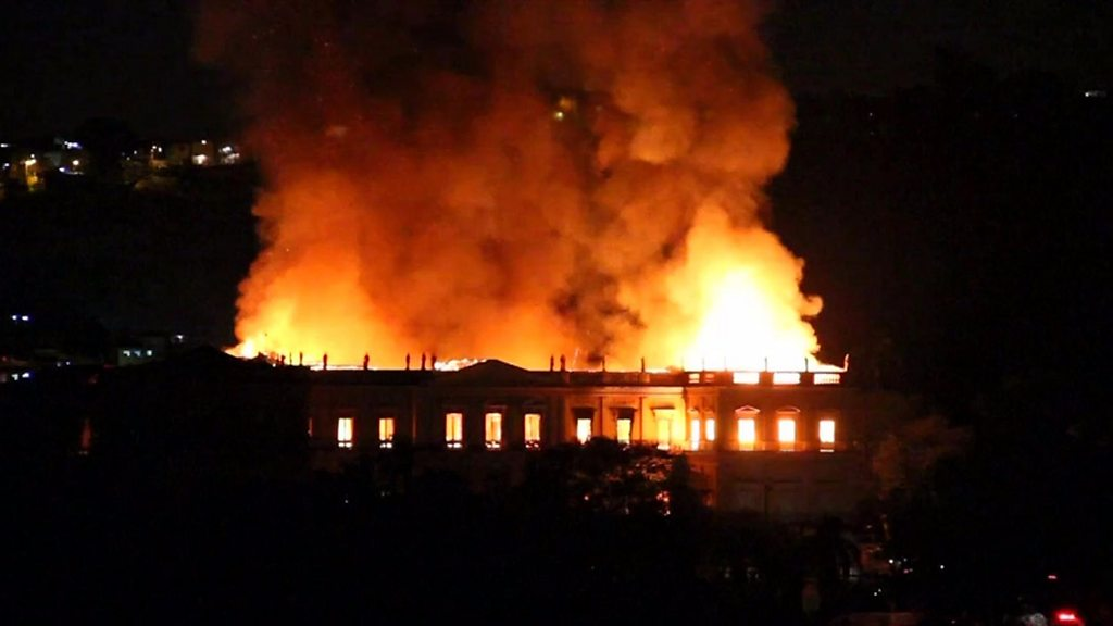 Funding cuts blamed for big Rio museum fire