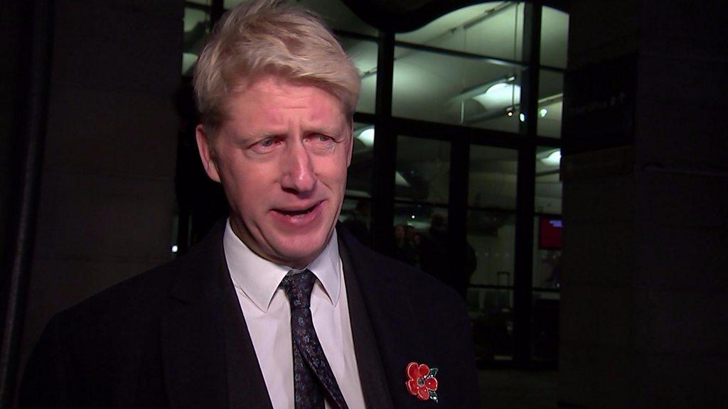 El ministro Jo Johnson dimite y pide una nueva votacion para el Brexit (Eng)