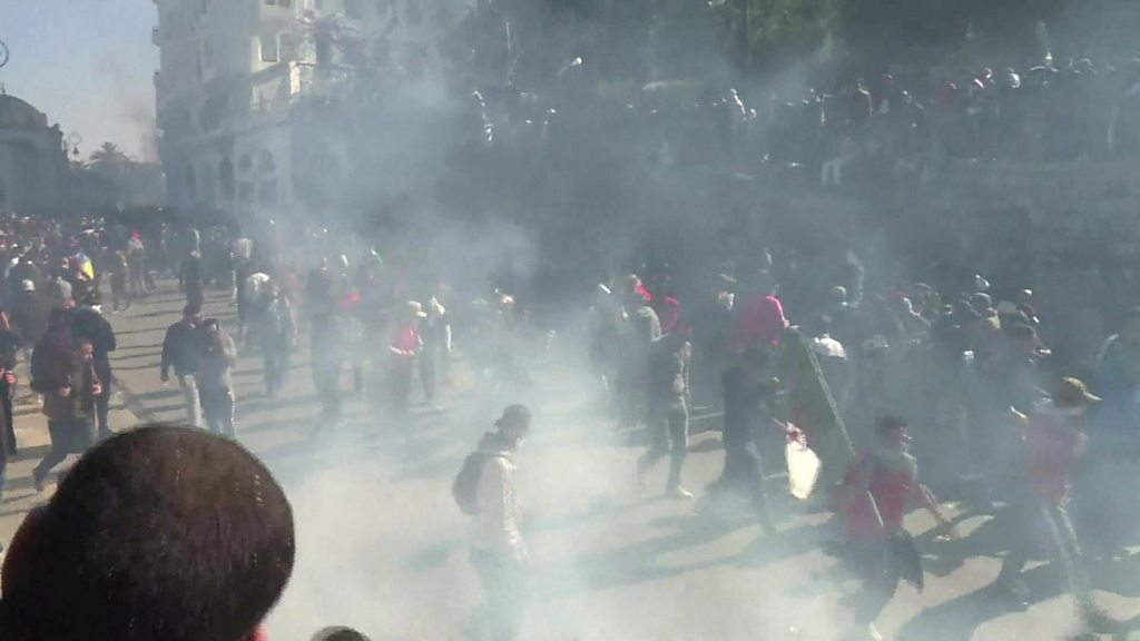 Anti-government protests sweep Algeria