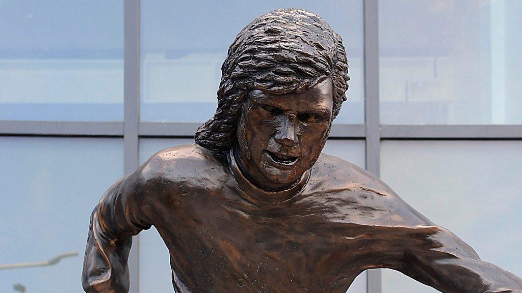 'Not the Best': Fans pan footballer statue