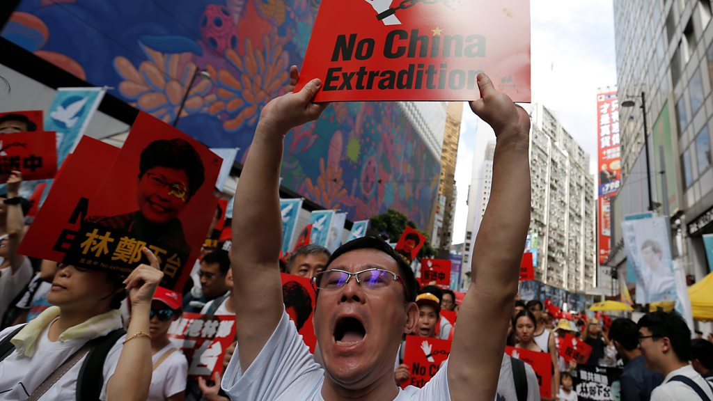 Huge march against Hong Kong extradition law