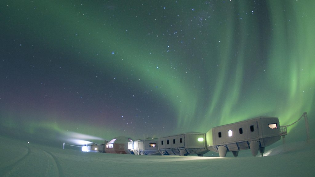 'Jet in a box' powers Antarctic base