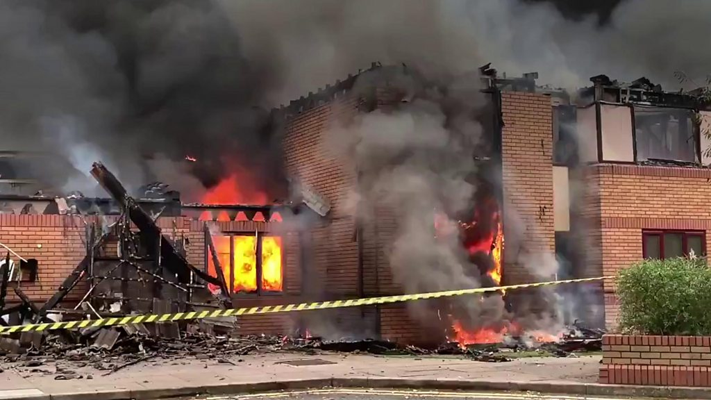 Willenhall Holiday Inn ravaged in huge fire