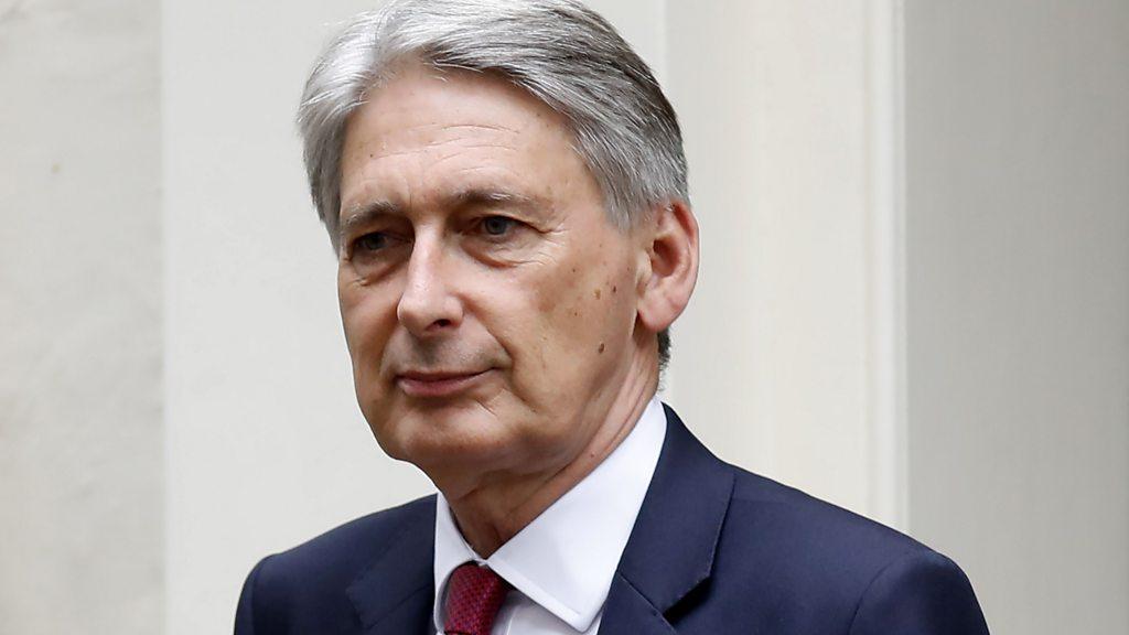 Brexit: Hammond demands  genuine  negotiations with EU