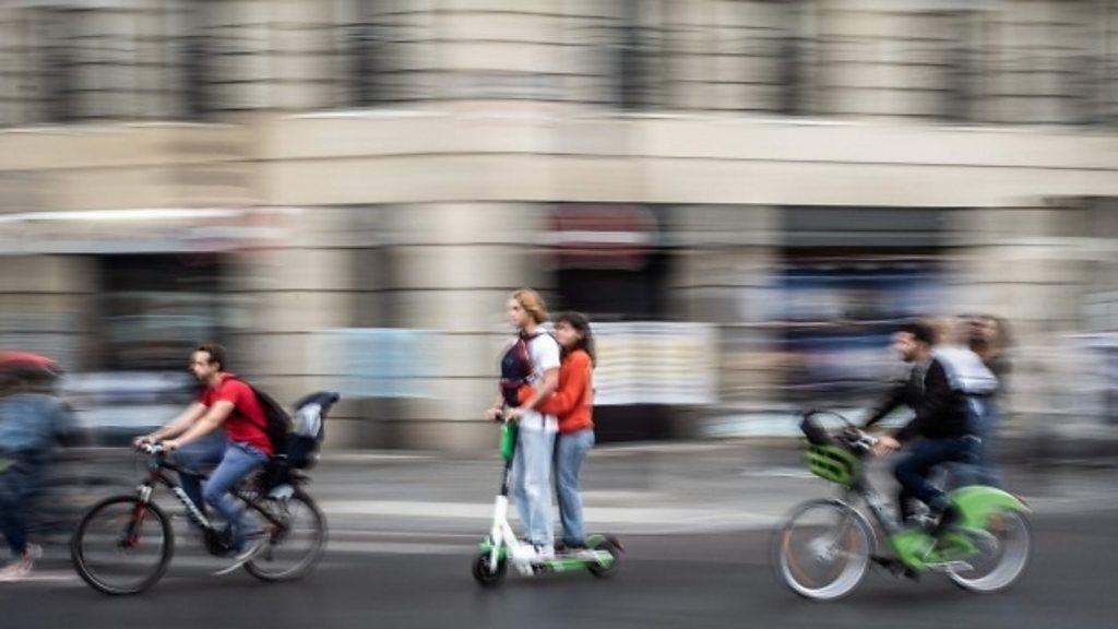 Macron pension reform: Paris is paralyzed by a massive strike