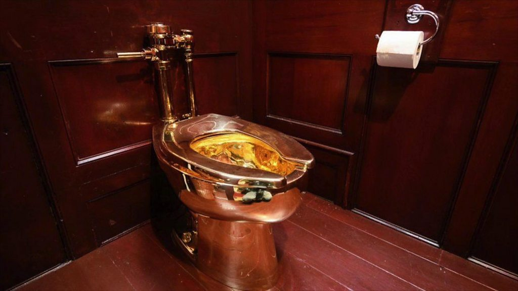 Blenheim Palace-gold-toilet-anti-theft: Second man arrested