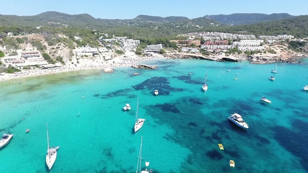 Plastic: such As Ibiza of your problem with waste is with the combat