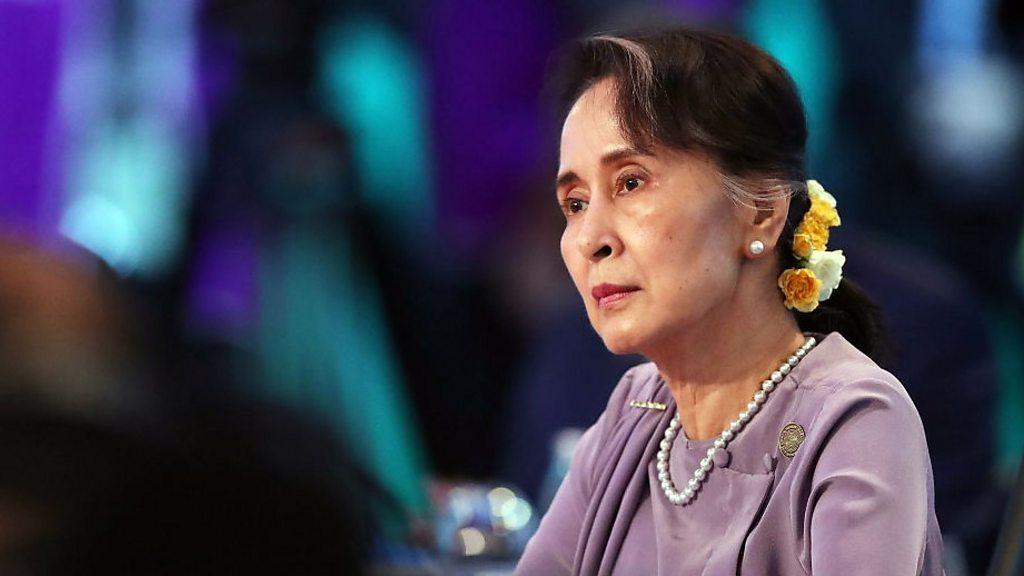 Aung San Suu Kyi opens Facebook account