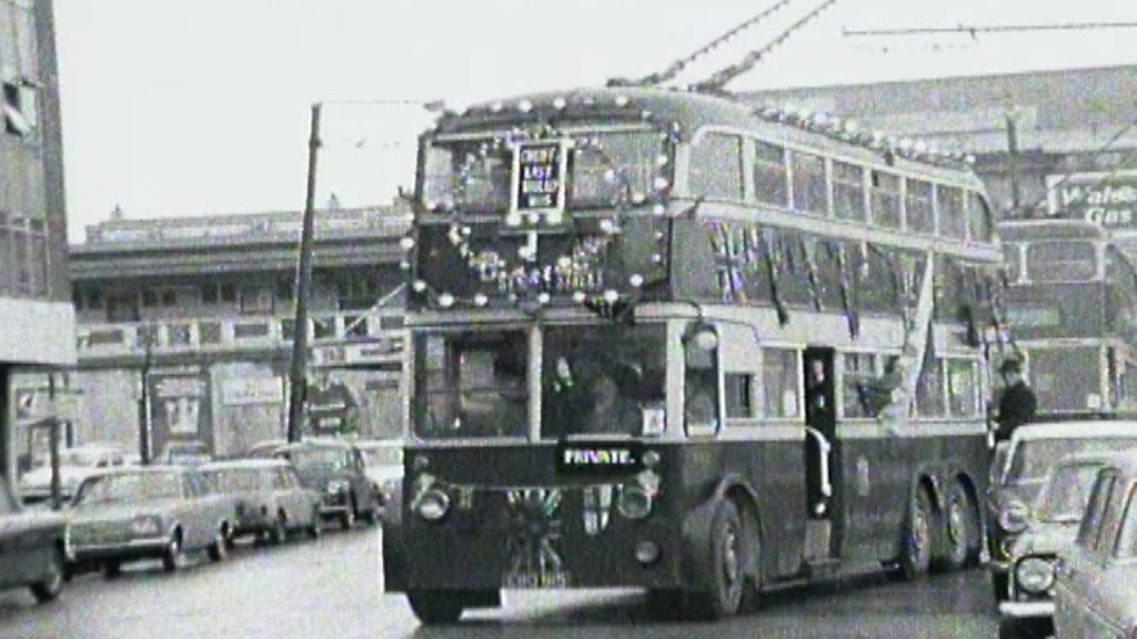 Electric buses: Why were scrapped trolley buses always?
