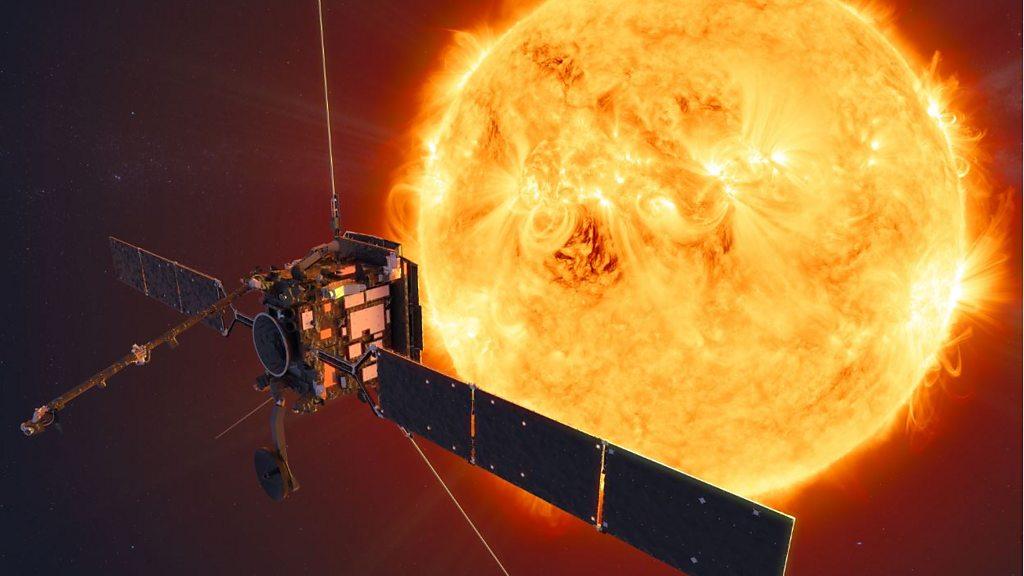 Solar Orbiter: Europe's Sun mission makes first close pass thumbnail