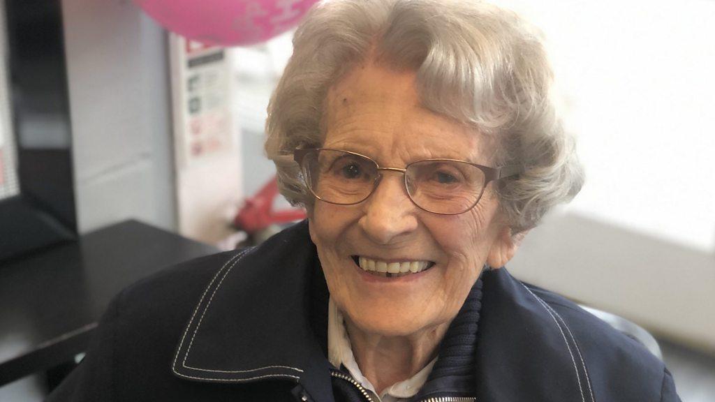 Coronavirus:  Oldest , the patient was discharged from Birmingham hospital