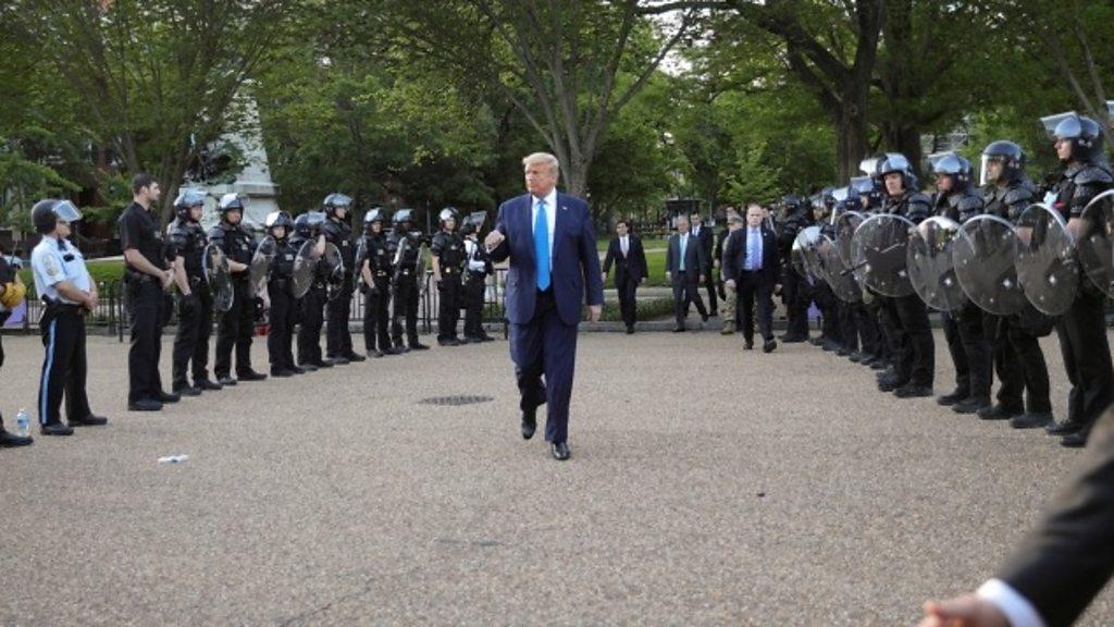 Morte de George Floyd: Trump ameaça enviar exército para acabar com a agitação