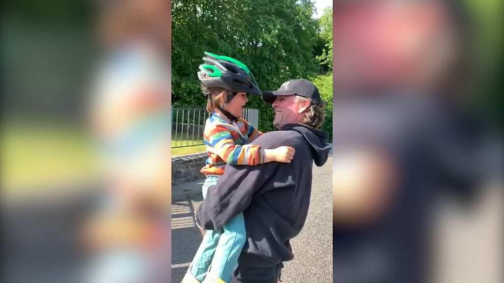 Coronavirus: Boy reunited with dad stuck on a boat in the vicinity of the house
