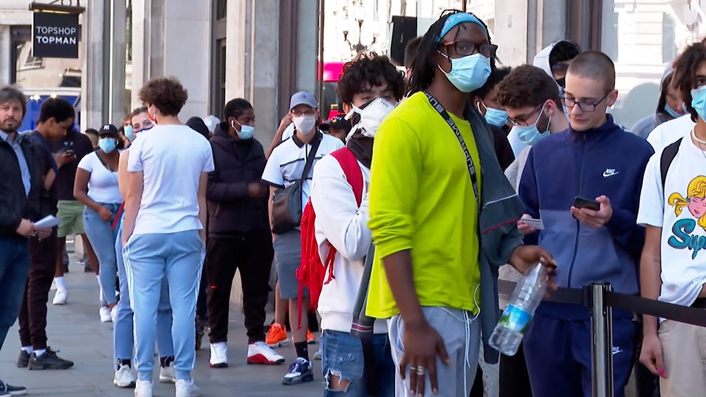 Coronavirus: toilet fears back hinder, high street, for some