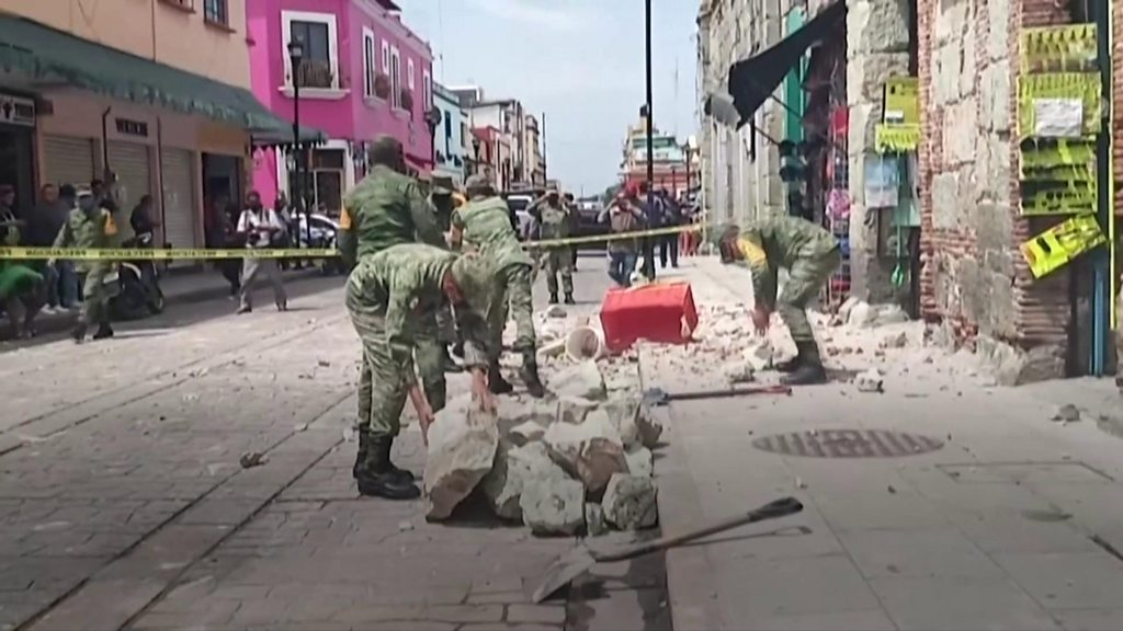 Powerful quake in southern Mexico kills at least six