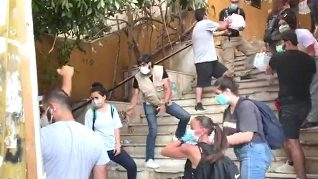 Beirut explosion: Angry residents rage at leaders after blast - BBC News