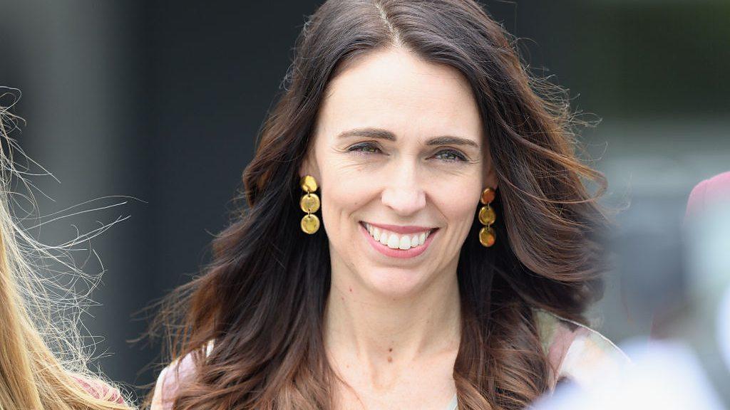 aljornal.com - الجورنال - انتخابات نيوزيلندا: نتائج أولية تشير لفوز ساحق لجاسيندا أردرين في الانتخابات العامة