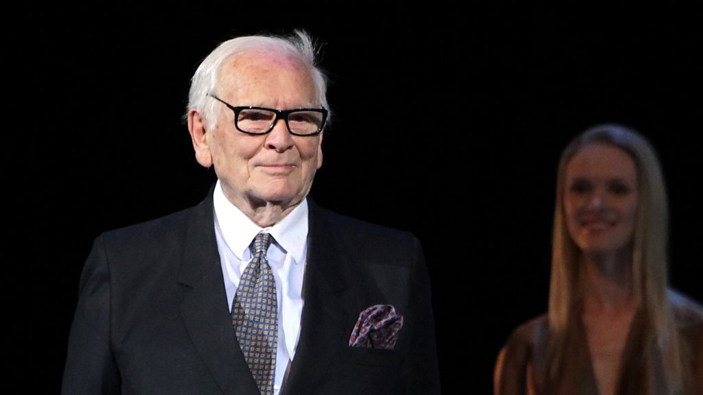 French fashion giant dies aged 98