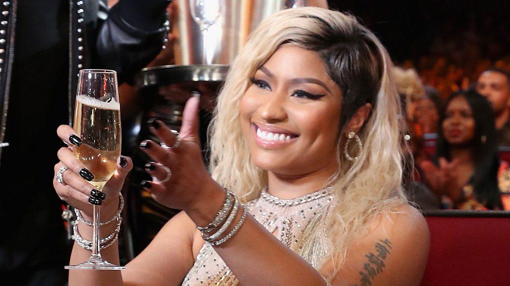 Nicki Minaj freestyle makes US TV host blush