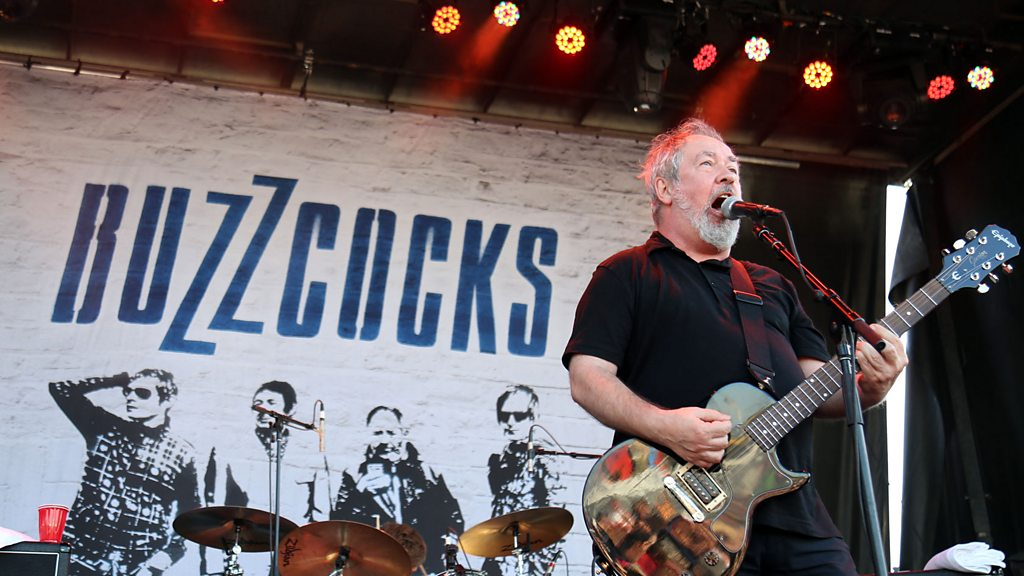 Tributes paid to 'prolific' Buzzcocks star Pete Shelley