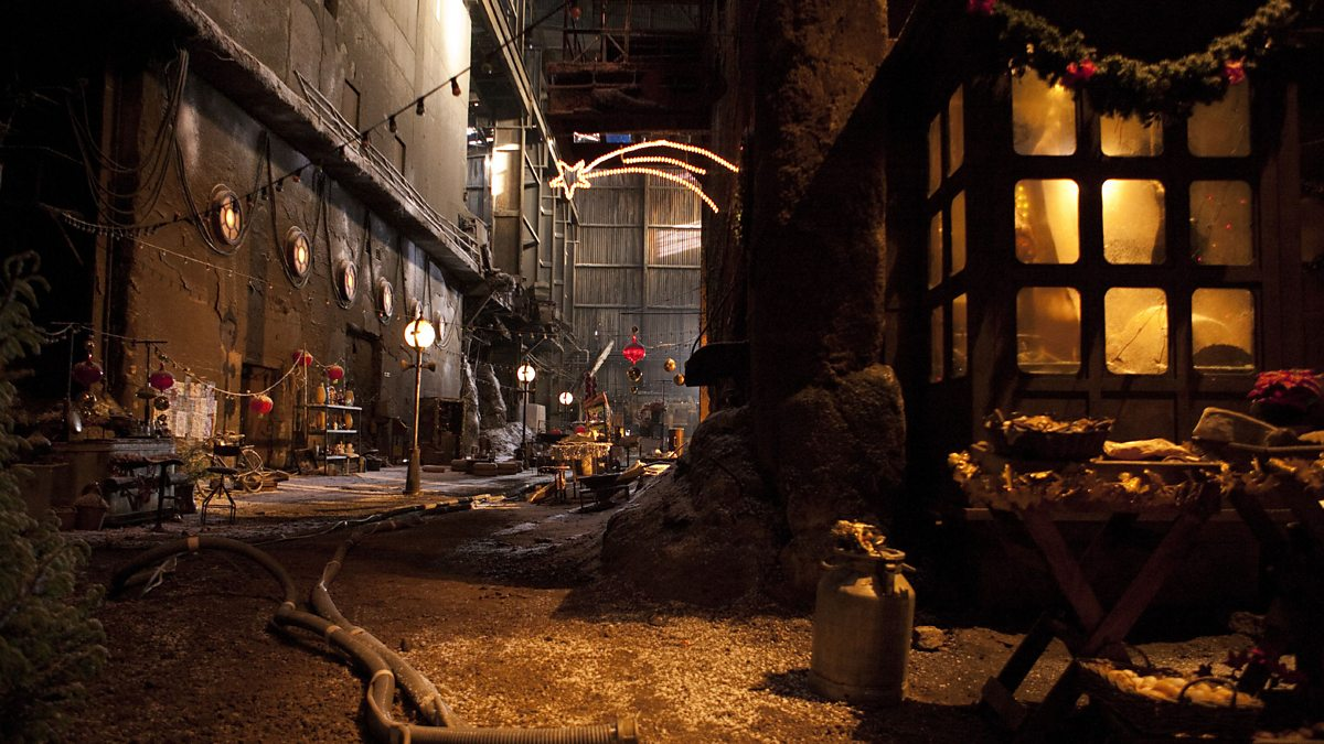 an overview of the christmas carol scene A dream within a dream - the ghost of christmas past scene 2-a country road ding,  boar's head carol - the ghost of christmas present and company.