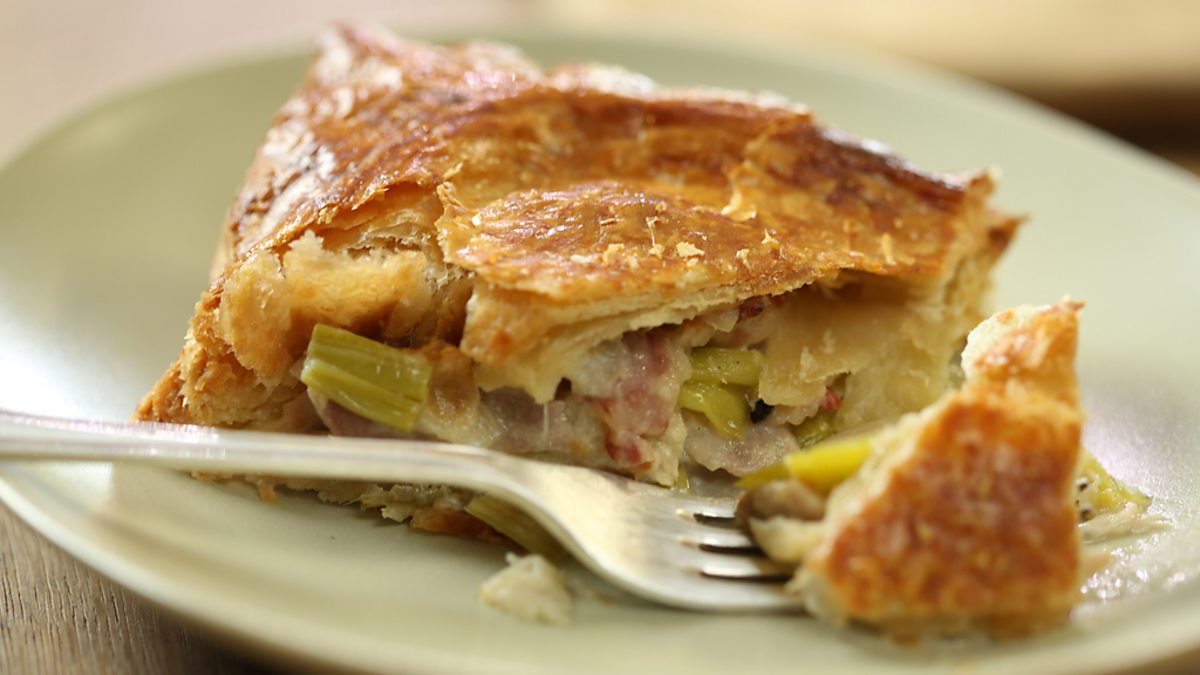 Bbc One Nigel Slater S Dish Of The Day Simple Treats Chicken And Leek Pie
