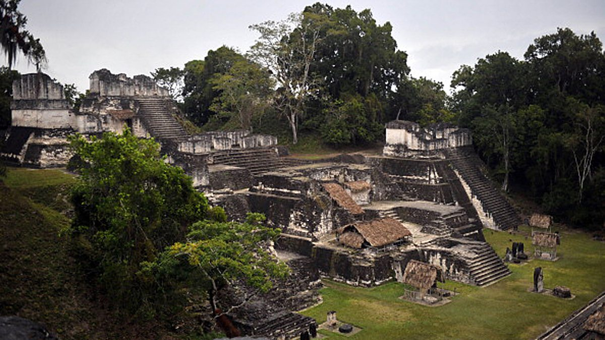 maya collapse Classic maya collapse in archaeology, the classic maya collapse refers to the decline of maya civilization and abandonment of maya cities in the southern maya lowlands of mesoamerica between the 8th and 9th centuries, at the end of the classic mayan period preclassic maya experienced a similar collapse in the 2nd century.