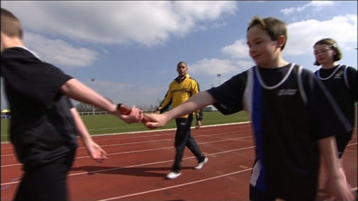 Cbbc Freestyle Programme 2 Exchanging The Baton In Relay Racing Basic Skills Race