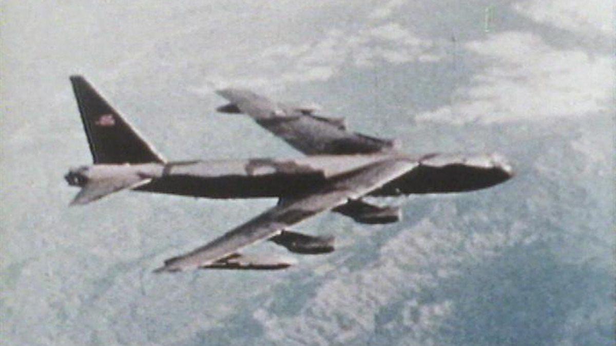 BBC World Service - Witness, Vietnam War - Christmas bombing campaign