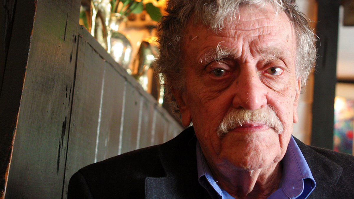 kurt vonnegut writing Kurt vonnegut with his daughter nanette vonnegut nanette vonnegut was invited to the kurt vonnegut museum and library in indianapolis on monday to give a talk about her grandmother's mental health courtesy photo buy photos.