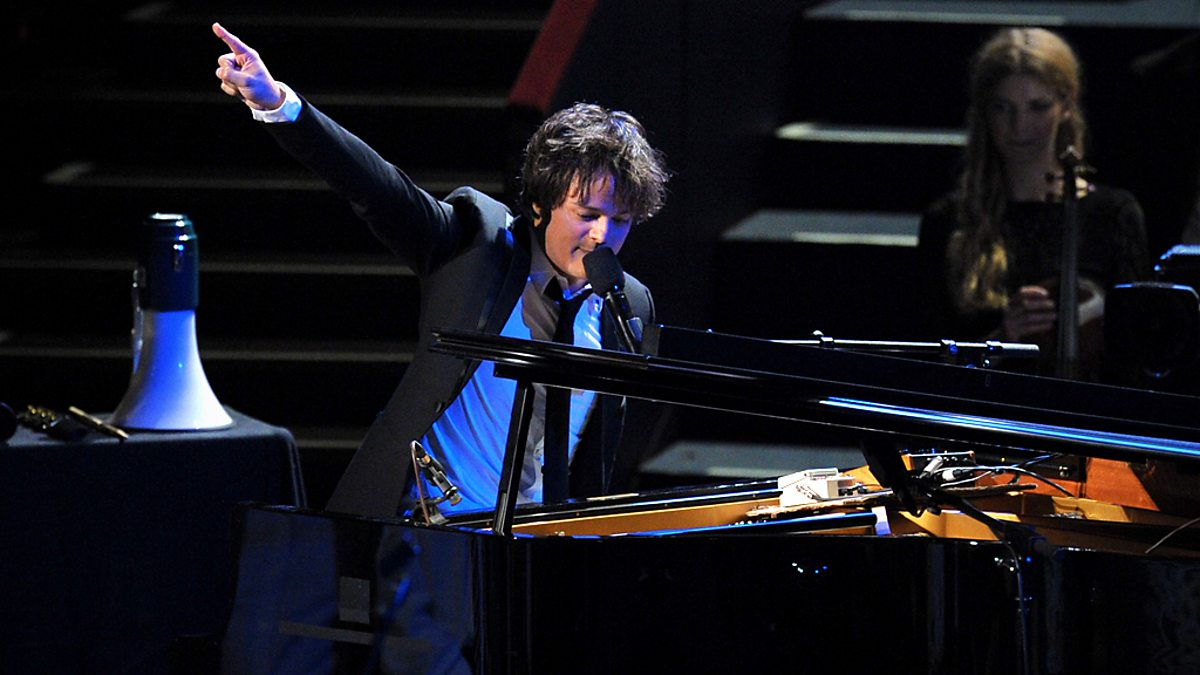 Bbc four bbc proms 2010 jamie cullum night for Jules buckley heritage orchestra