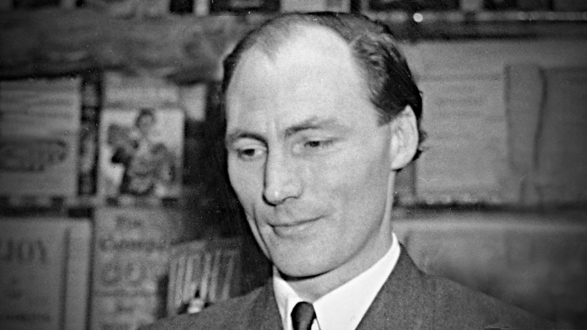 vernon scannell facts