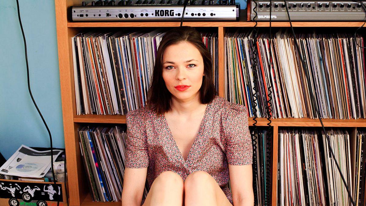 Bbc Radio 1 Radio 1 S Essential Mix Nina Kraviz