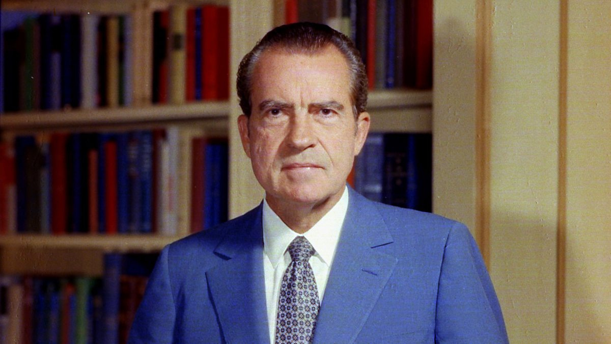 nixon a bad president In theory, nixon could've done exactly that when 200,000 postal workers went on strike in 1970, but even he wasn't that crazy send in the national guard to deliver mail for a few weeks instead crazy, sure, but not mass fire thousands of americans crazy.