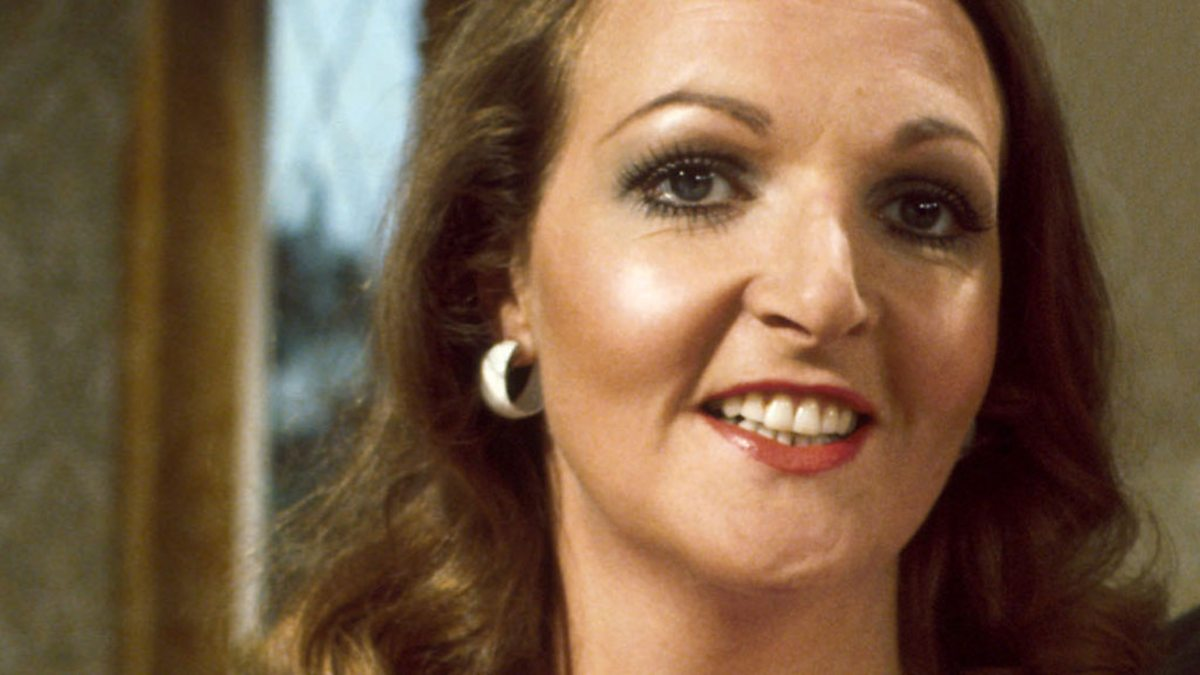 Watch Penelope Keith (born 1940) video