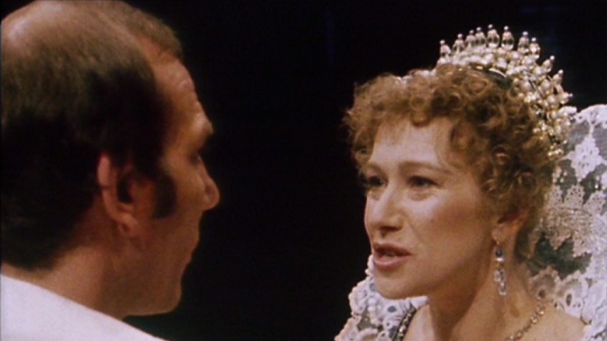 the strong character of the duchess in duchess of malfi a play by john webster Librivox recording of the duchess of malfi, by john webster  audiobook, play, tragedy, drama  definitely one of the strong librivox recorded plays.