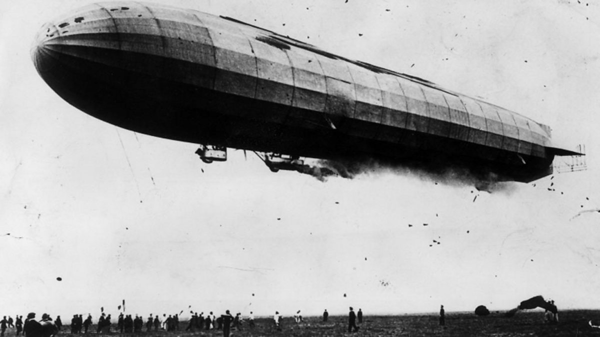 BBC - World War One At Home, The Zeppelin Terror in London