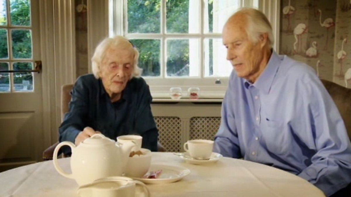 bbc four arena produced by george martin sir george martin 39 s early days. Black Bedroom Furniture Sets. Home Design Ideas