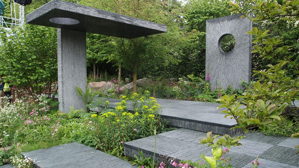 Bbc two the brewin dolphin garden rhs chelsea flower for Bbc garden designs