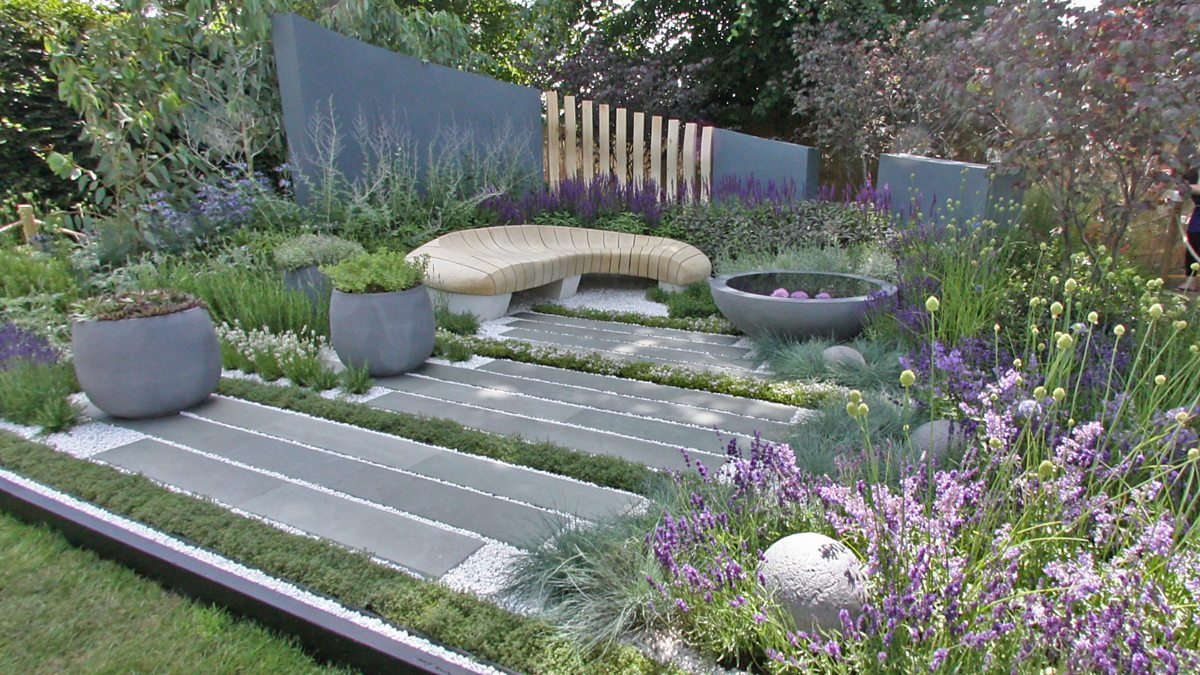 Bbc two healing urban garden designed by rae wilkinson for Bbc garden designs