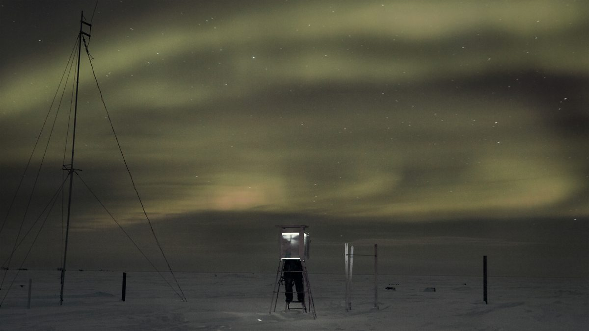 Lonely life of a meteorologist at the North Pole