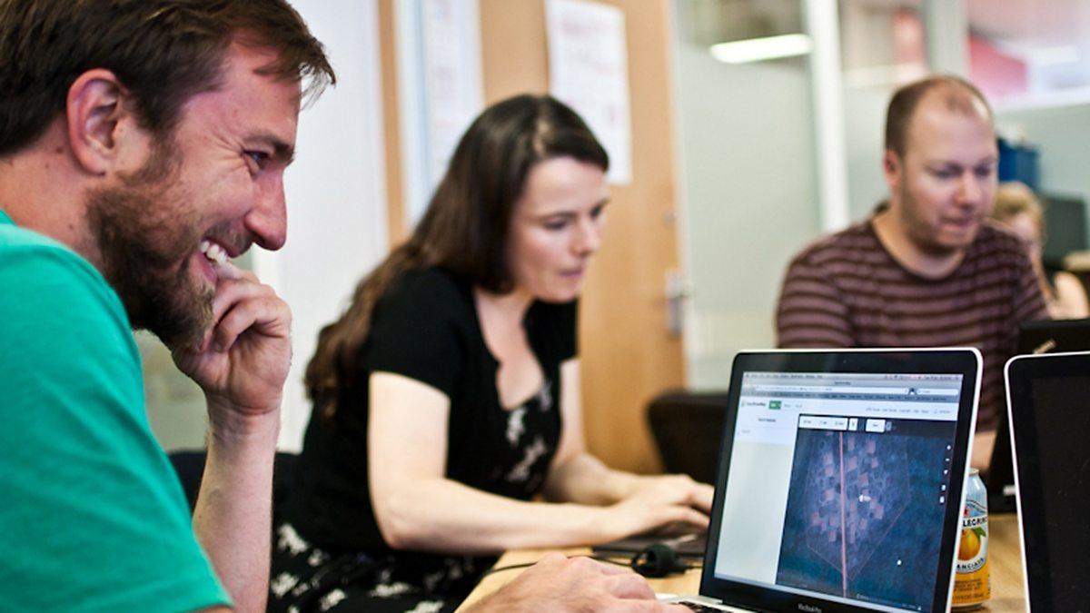 BBC World Service - Digital Planet, MSF's MapSwipe to the Rescue