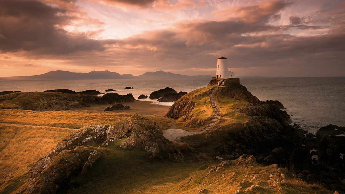 BBC - Anglesey Dawn - The Countryfile Calendar 2017